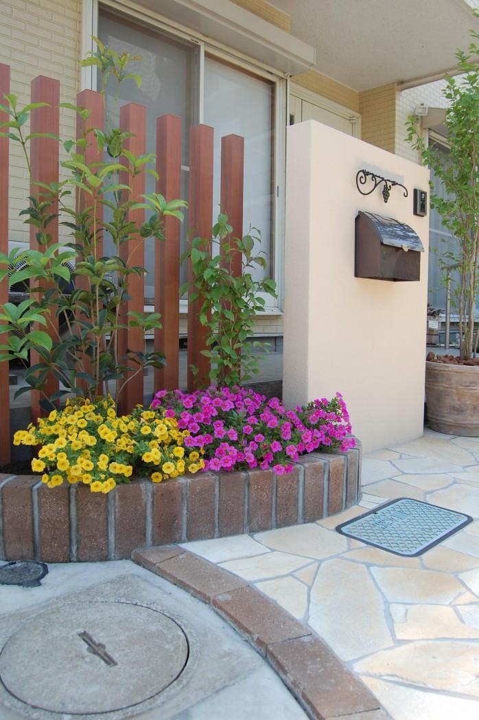 門まわり 植栽