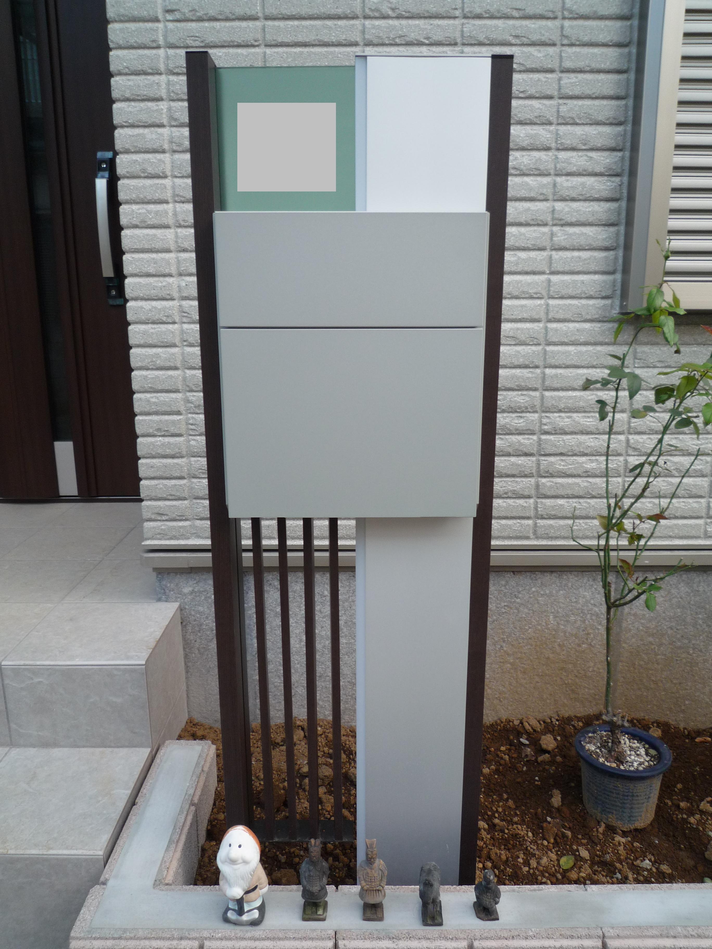 さりげない存在感の機能門柱|越谷市